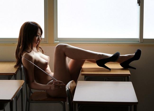 【ヌード画像】全裸美女のハイヒール姿がぐうエロw(30枚)