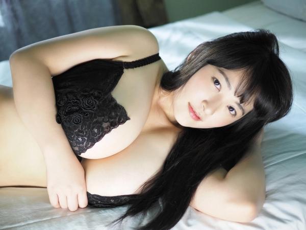 【ヌード画像】乳神様と大人気!柳瀬早紀の超乳セクシー画像!(32枚)