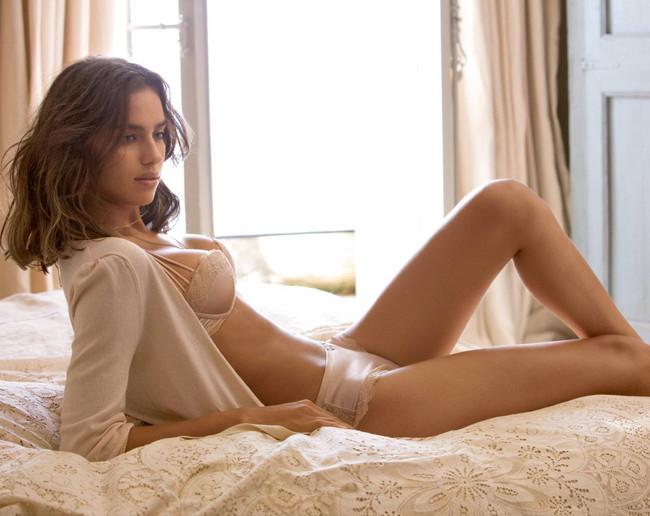 【ヌード画像】セクシーな外国人美女たちの下着姿をご覧くださいw(32枚)