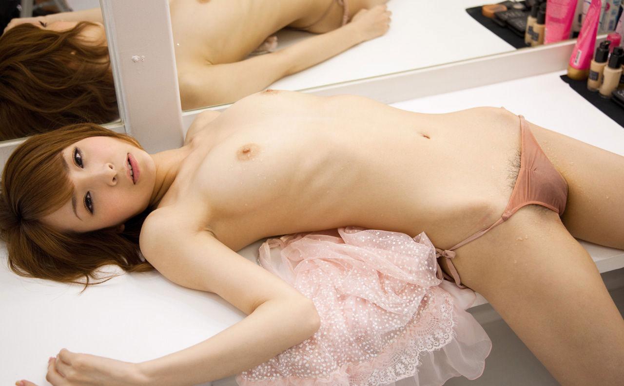 【ヌード画像】トップレスとヘアヌードのよろずエロ画像まとめ(30枚)