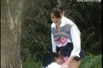 【盗撮動画】茂みの中に消えていく真面目系JKと男子高校生カップル。案の定セックス始めたので隠しカメラでロックオン!ww