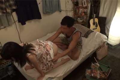 【盗撮動画】彼女がかなりセックス好きになってきたんで、みんなに自慢するために一度自宅に隠しカメラ設置してセックス盗撮しちゃったクソ彼氏ww