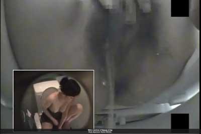 【盗撮動画】公衆トイレを隠し撮りしたら、ウォシュレットのビデをアソコに当てながら指でクリ弄ってオナニーしちゃってるOLちゃんをゲットできましたww