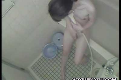 【盗撮動画】一人暮らしのOLお姉さんのお風呂場に隠しカメラを仕掛けるのに成功しちゃいました!素人ギャルのシャワー&オナニーシーン見放題ww