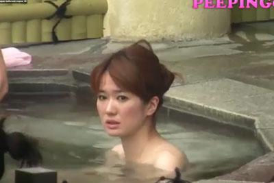 【盗撮動画】某露天風呂の女湯のとうさつに成功したんですが、超かわいいOLちゃんを発見してしまってファインダー越しに恋に落ちてしまいましたww