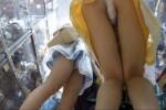 【盗撮動画】アニメグッズの聖地的なお店にいた超かわいいワンピの女の子二人組、パンチラ盗撮したらクイコミ激しい純白パンティーでモリマン具合が最高すぎ!ww