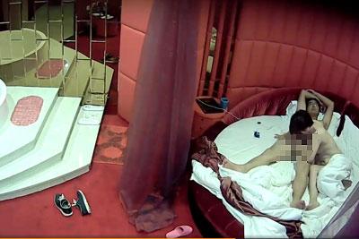 【盗撮動画】ボクが働いているラブホの一番高級な部屋に隠しカメラ仕掛けちゃいましたwそこでいちゃラブフェラ&セックスしてるヤング素人カップルがエグい!w【無修正】