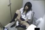 【盗撮動画】田舎のショッピングモールのトイレで夏服スレンダー素人JKが好きな先輩想いながら開脚ねっとり手マンちっぱい乳首弄りオナニーしてるところ盗撮w