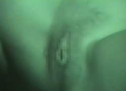 【盗撮動画】田舎の夜の駐車場でカーセックスしてるカップルを発見したので赤外線カメラ片手に近づいたら、セックスに夢中だったのでアソコドアップで撮影したったw【無修正】